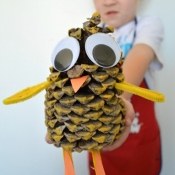 Pinecone Animals {Crafting with Your Kids}