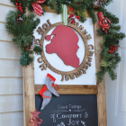 Christmas Porch Decor - How to Decorate a Small Area