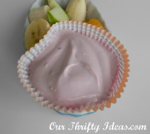 Raspberry Yogurt Fruit Dip