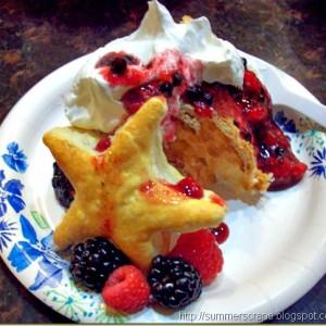{Sweet Summer Sampling} Berry Patriotic Shortcake