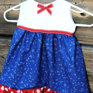 {Guest Post} 4th of July Baby Girl Dress & Giveaway – Crazy Little Projects