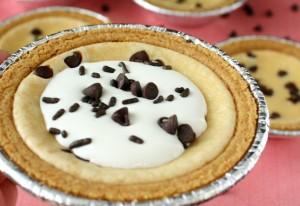 {virtual bake sale} mini chocolate chip cheesecakes