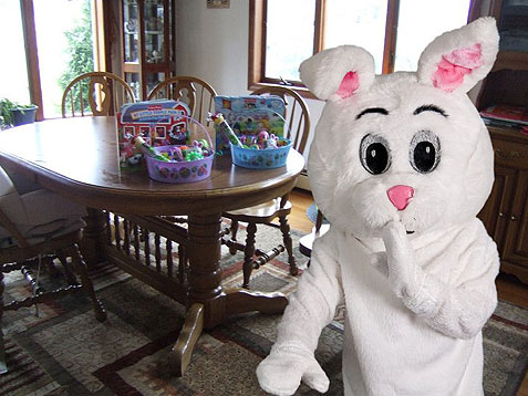 Personalize your home photo with the Easter Bunny