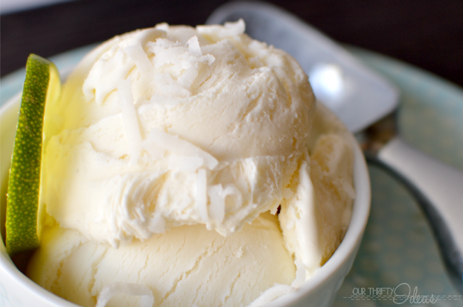 Homemade Coconut Ice Cream - you can make this amazingness at home and without an ice cream maker