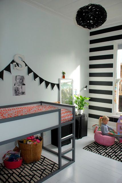 little girls black & white bedroom