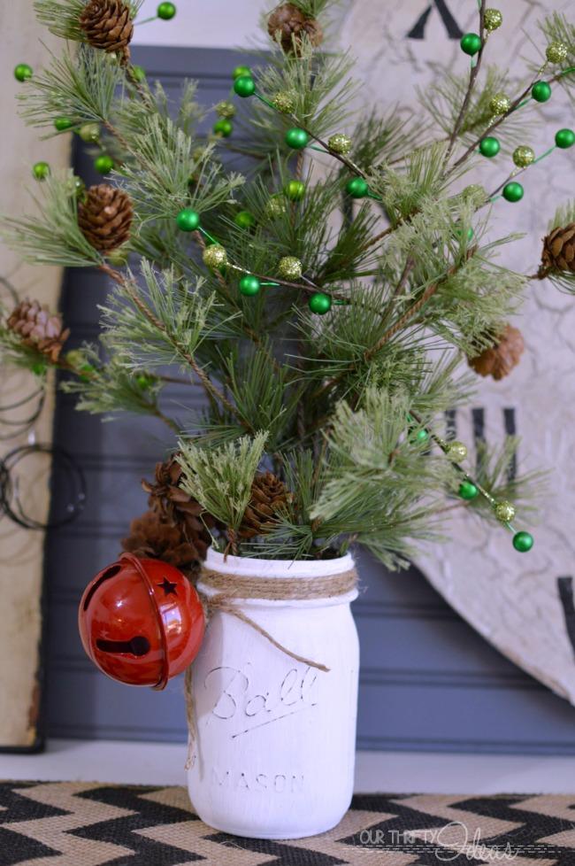 Mason Jar Christmas Decor