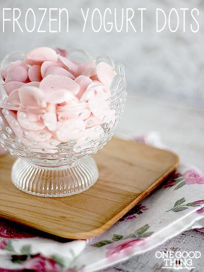 Frozen-Yogurt-Dots-5