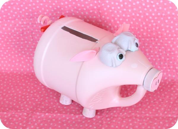 Piggy valentine box