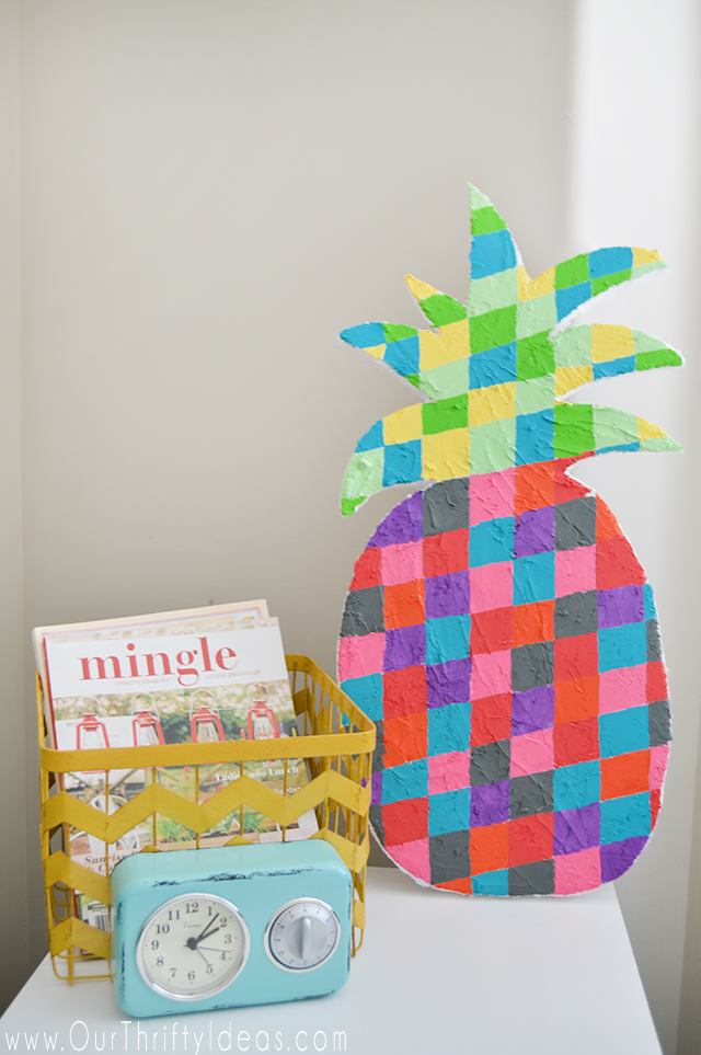 This geometric pineapple is so cute. And can you believe it's made out of a sheet of styrofoam?!