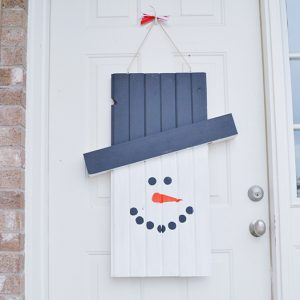 winter-door-hanger-squarejpg