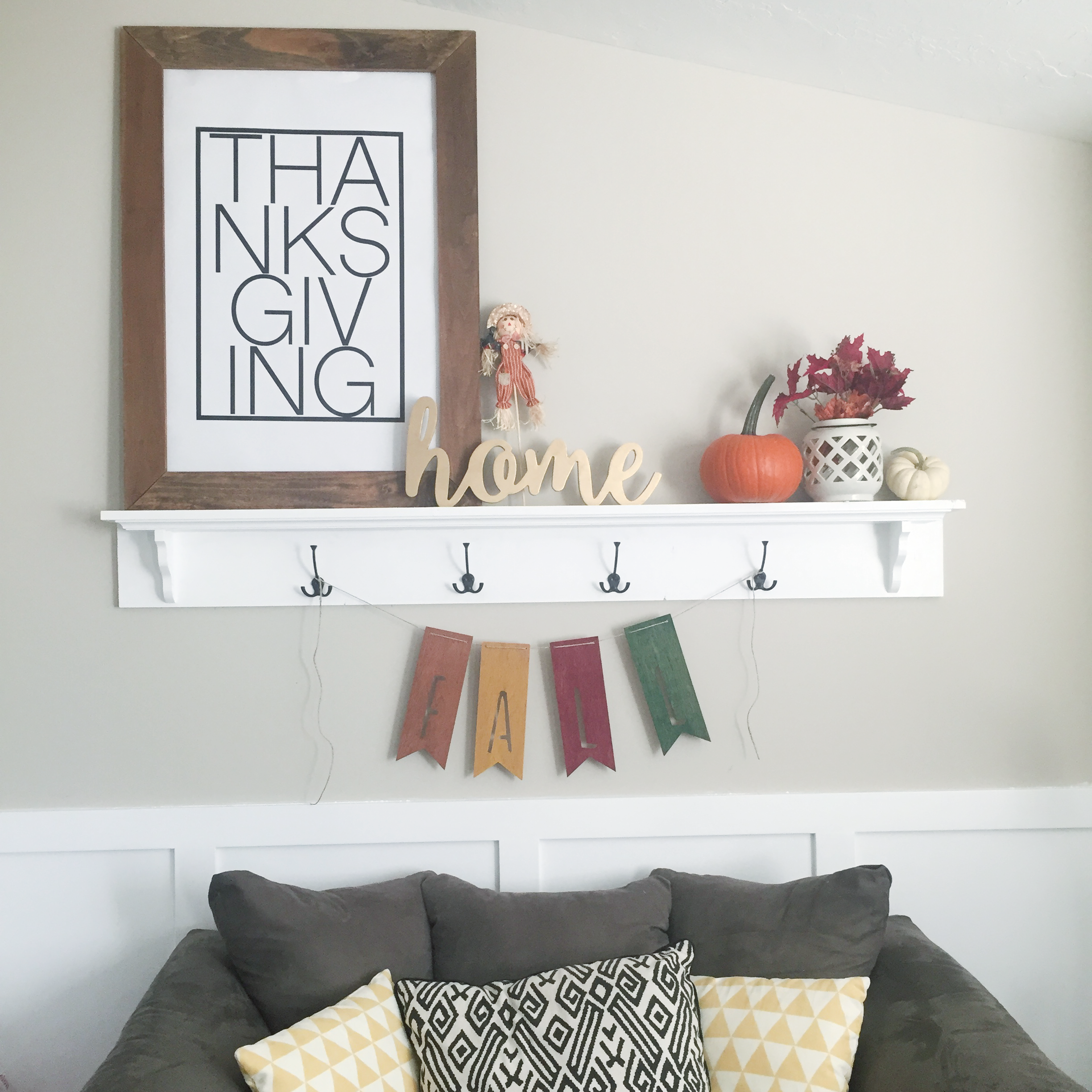 huge-thanksgiving-poster-square