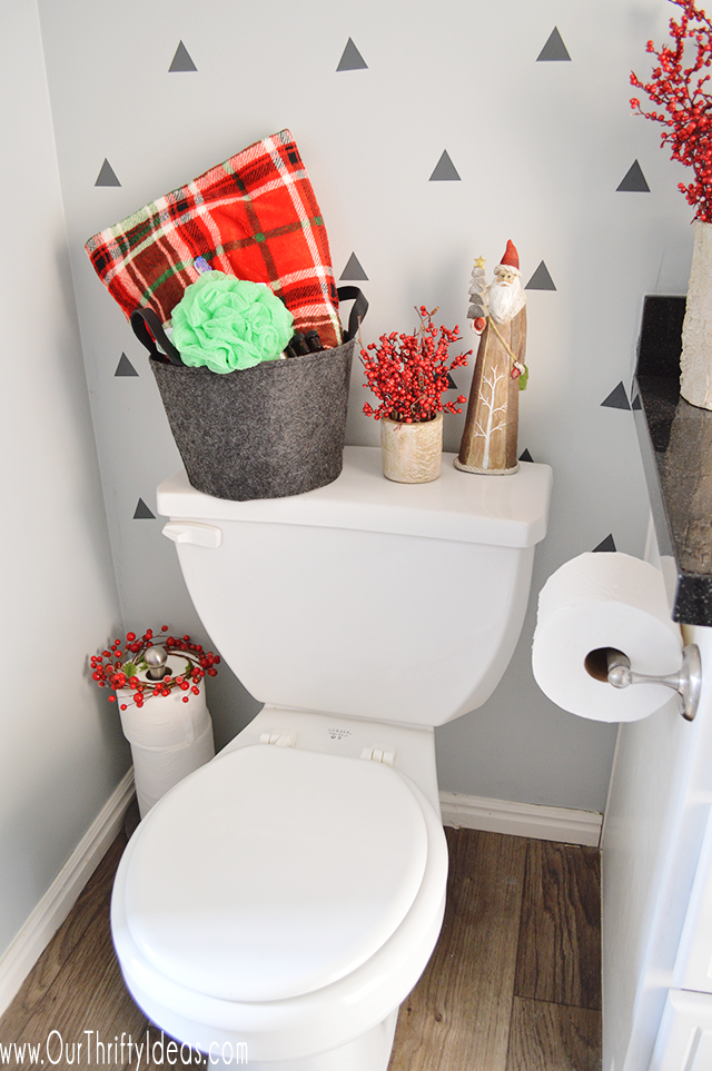 christmas bathroom decor update - our thrifty ideas