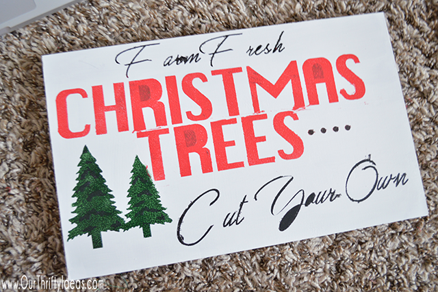 DIY Christmas Tree wooden sign is easy with just a few pieces of wood and some paint!