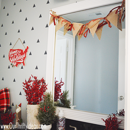 Christmas bathroom decor update our thrifty ideas for Bathroom ideas for christmas
