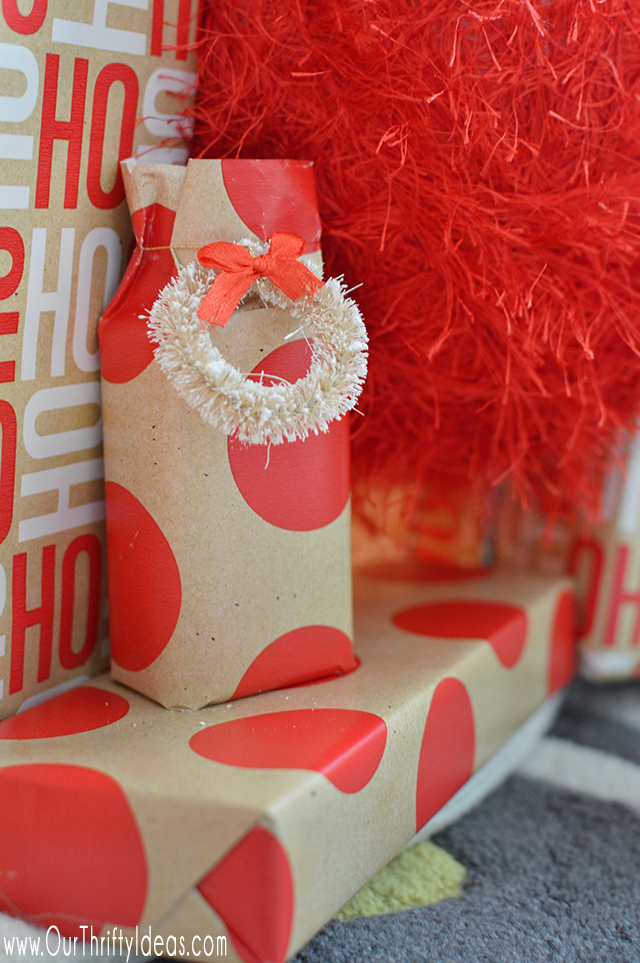 Fill in empty or dead space under your Christmas Tree with some decorative yarn wrapped foam balls.
