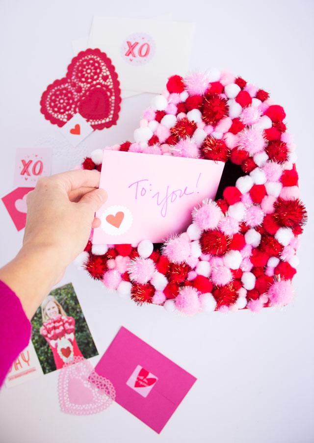 Pom Pom Heart Valentine Box