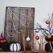 Halloween String Art - Faux Wood Sign Tutorial